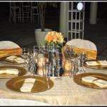 03 mesa crea y dorado