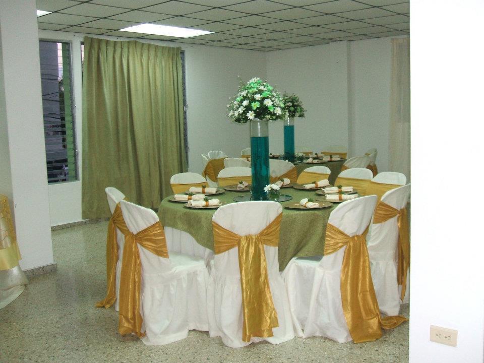 Boda Blanco Verde Y Dorado Festejos